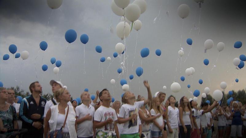 Sterren tellen voor slachtoffers MH17 NOS Jeugdjournaal sophie fleur bente